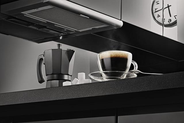 kávovar a kafe